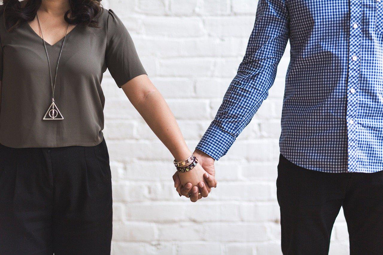पाठक समस्या – पति प्रेम के दौरान पूर्ण संतुष्ट नहीं कर पाते आयुर्वेदिक उपचार बताएं
