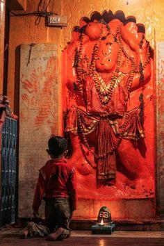 क्यों चढ़ाया जाता है हनुमान जी को सिंदूर जाने के लिए पूरा पढ़े